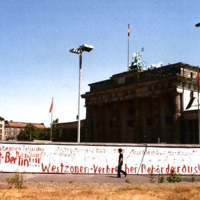 3.	Berlin Wall. Brandenburg Gate. 9 July 1983